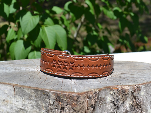 "Tooled Russet Harness Leather Martingale (17 1/2"")"