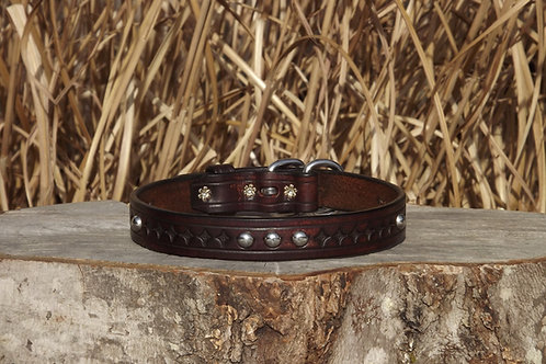 "Tooled Weathered Cordovan Buckle Collar w/ SS Spots (Fits 16 5/8""-18"")"