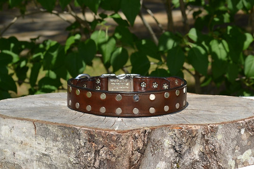 "18 3/4"" Studded Light Brown Side Release Collar"