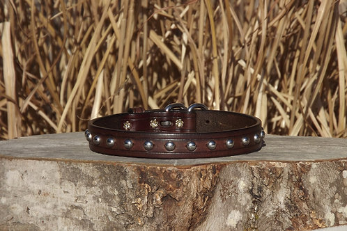"Tooled Weathered Walnut Buckle Collar with SS Spots (Fits 15 3/4""-17 1/4"" neck)"