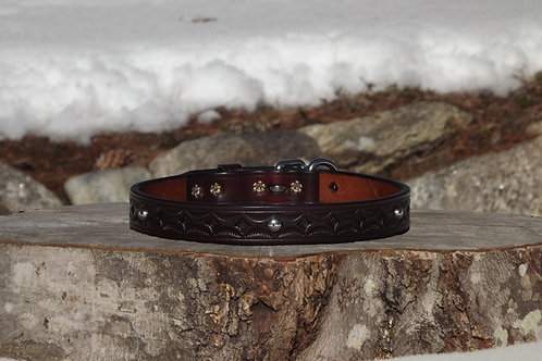 "Tooled Dark Rich Brown Buckle Collar with SS Spots (Fits 18 1/4""-19 3/4"" neck)"