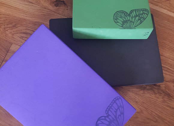 'Used' Yoga Block PLAIN no logo (18 Black, 2 Purple available)