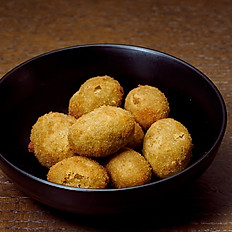 Crumbed Green Olives