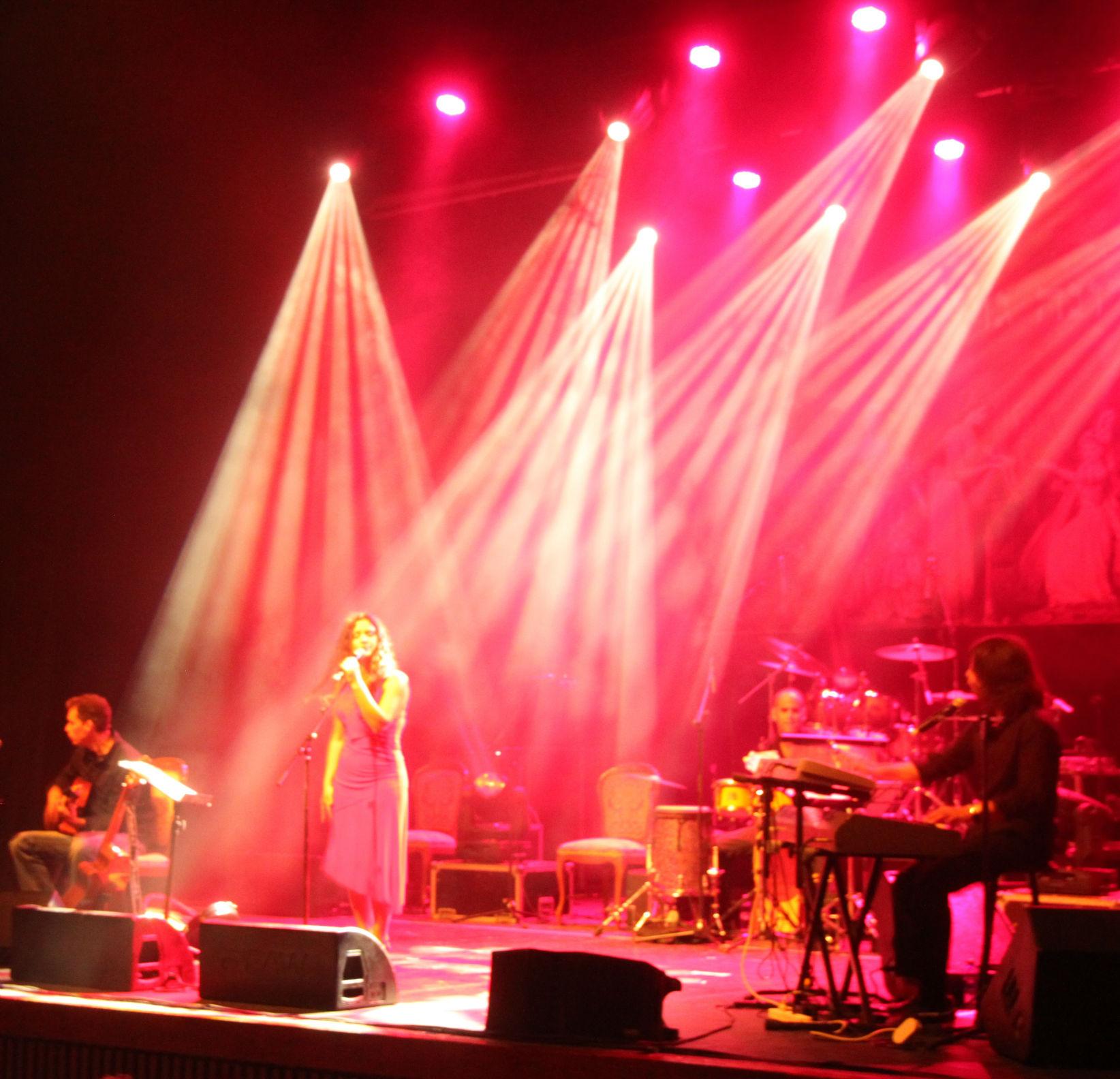 מיטל טרבלסי - הופעה (6)