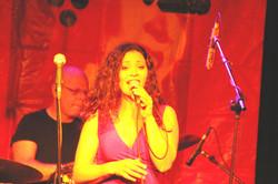 מיטל טרבלסי - הופעה (4)