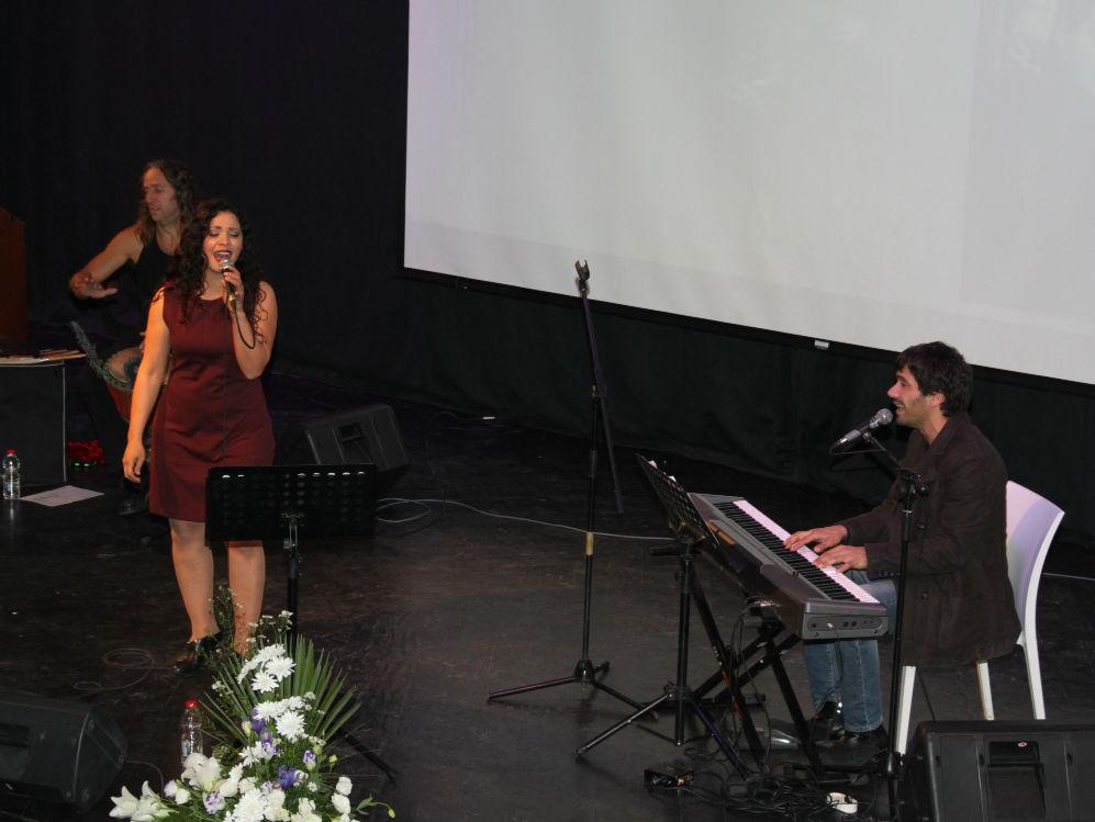 מיטל טרבלסי - הופעה (15)
