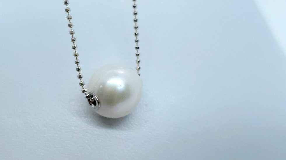 Natural Pearl /Silver Pendant Necklace
