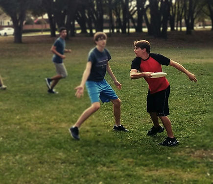 Frisbee Higgy Throw.jpg