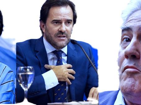 """Denuncian a Oscar Andrade por """"igualar hacia abajo"""""""