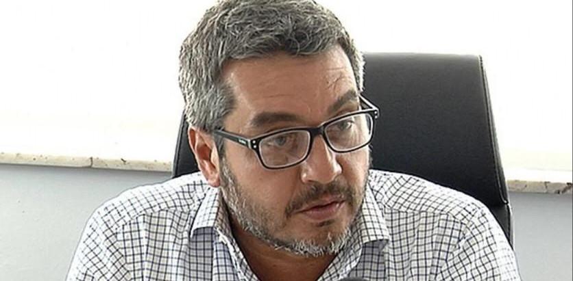 Cardoso vuelve por sus fueros: para Gumer Pérez el ministro cesado pudo incurrir en delito