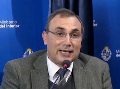 #KatoenNatie - Fiscal de Delitos Económicos Ricardo Lackner estudia denuncia de senadores del FA