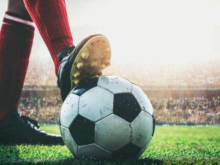 Deudas y falta de información al BPS amenzan parar el fútbol
