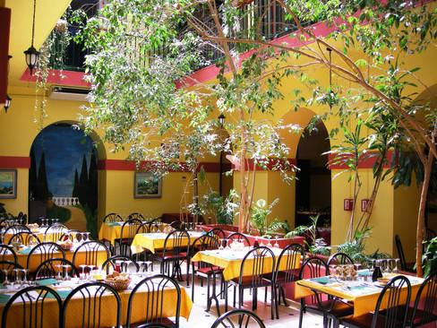 Ligure Patio Nice Center