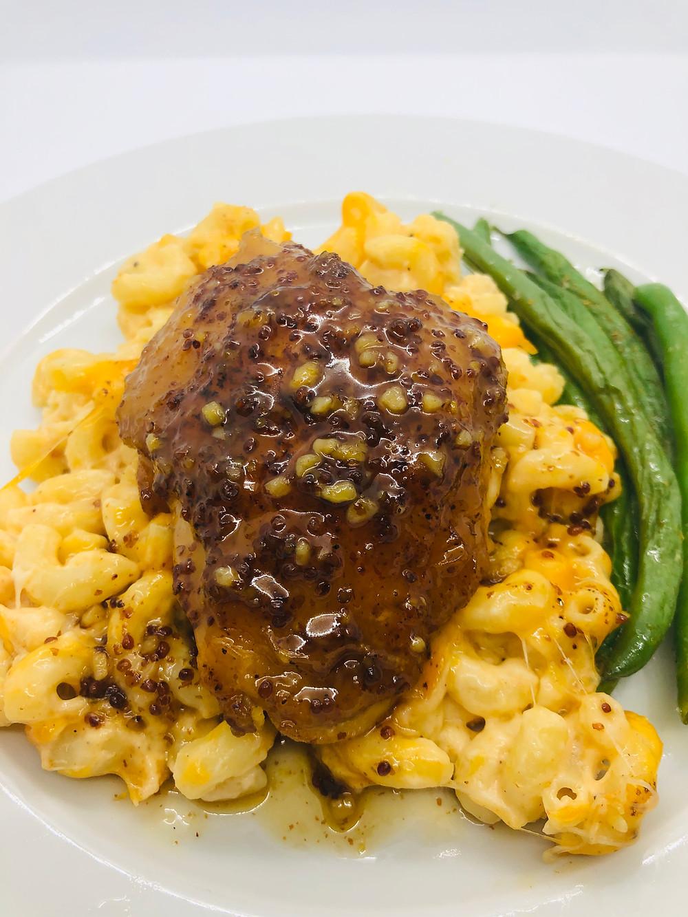 Beautifully caramelized maple-mustard-garlic chicken with broccoli cauli rice