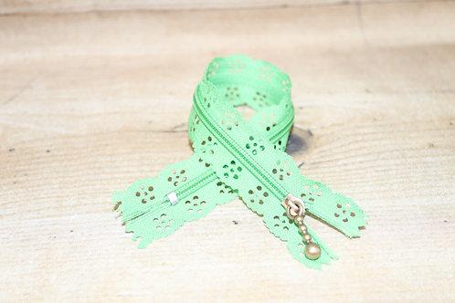 Blumen-Spitzenreissverschluss 20cm lang / grün (nicht mint)
