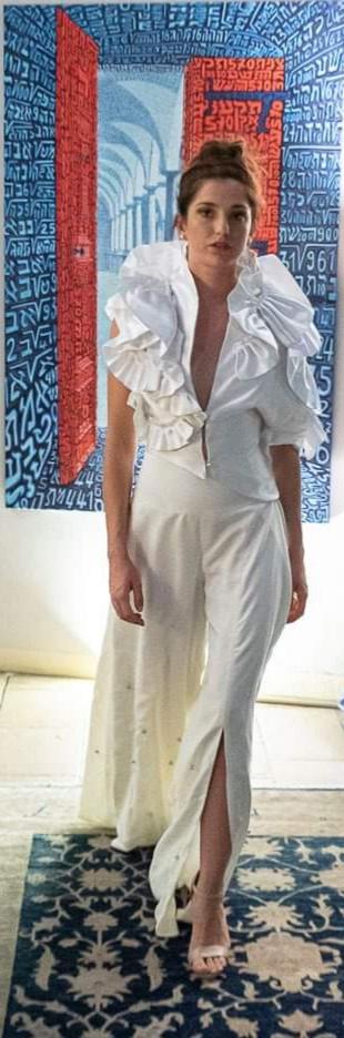che-sia-benedetta-la-moda-aza-lea-couture-capsule-colletction-nembrodha