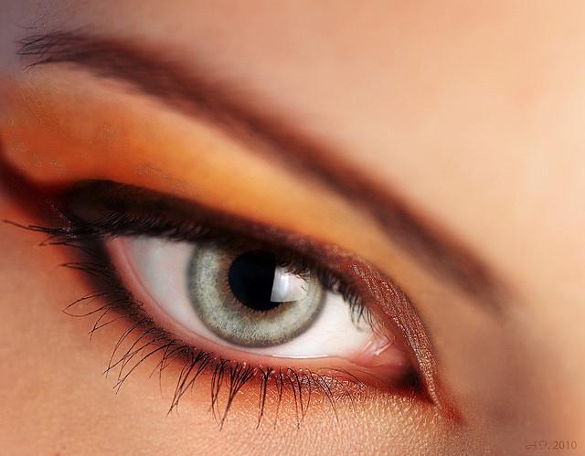 che-sia-benedetta-la-moda-smookey-eyes
