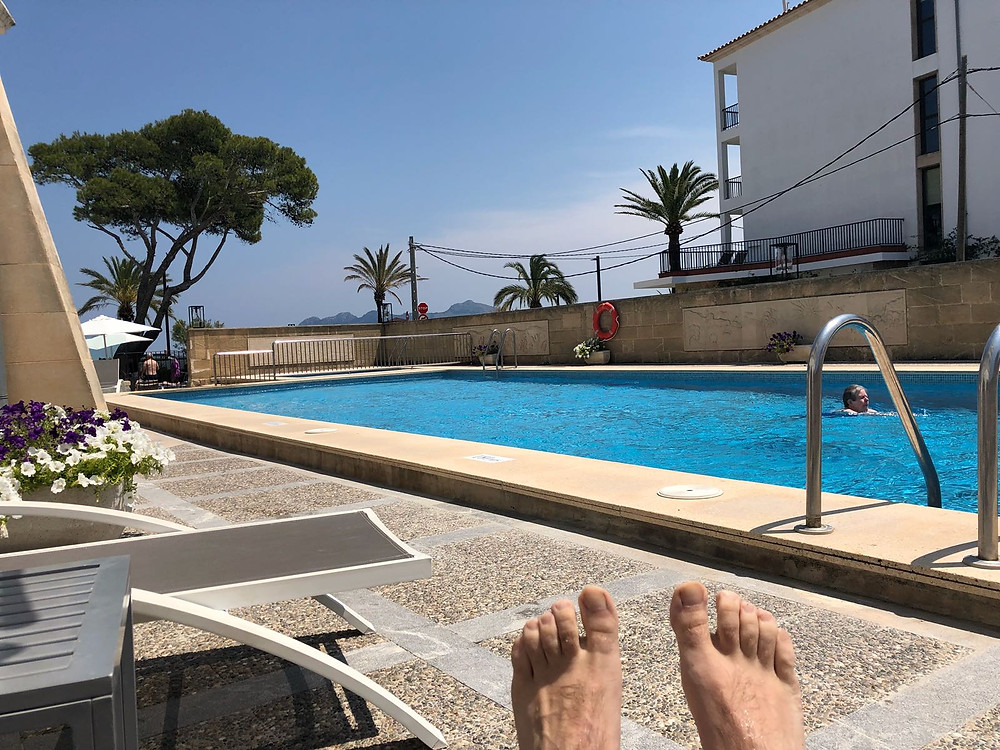 New Malden Velo Mallorca tour 2018, sunbathing