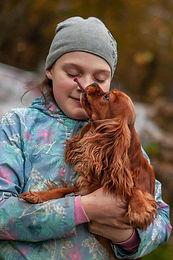 Зачем собака лижет ноги и руки и даже лицо?