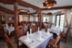 """База отдыха на Ладожском озере """"Порт Кобона"""". Видовой ресторан."""