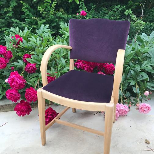 Pippa Chair4.jpg