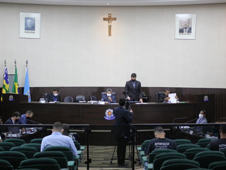 Vereadores de Luziânia discutem sobre projetos de lei e apresentam proposições