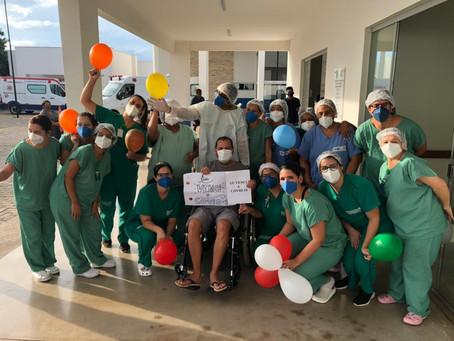Hospital Regional de Luziânia celebra 15 altas no último final de semana