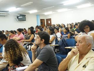 """""""I Semana com Todas as Letras"""" eleva nível de debates sobre a formação de professores"""
