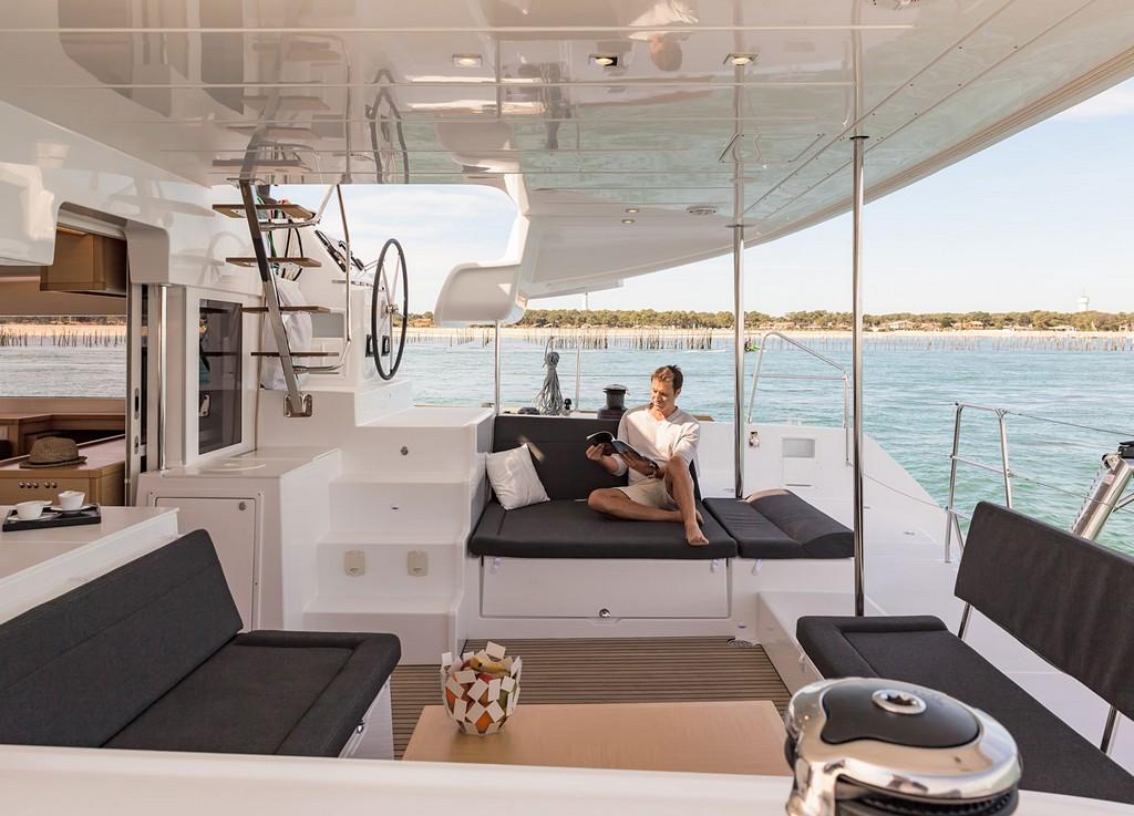 boat-exterior-9