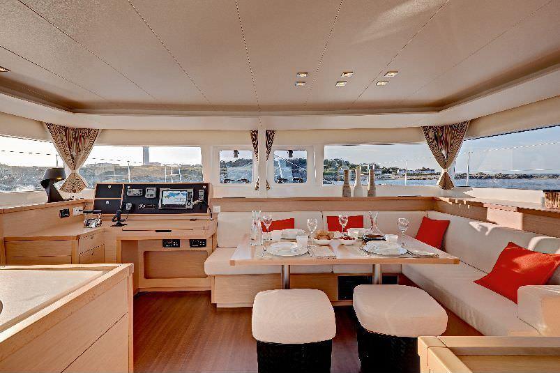 boat-interior-4