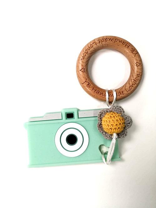 Camera Teething Bracelet (Mint Green)