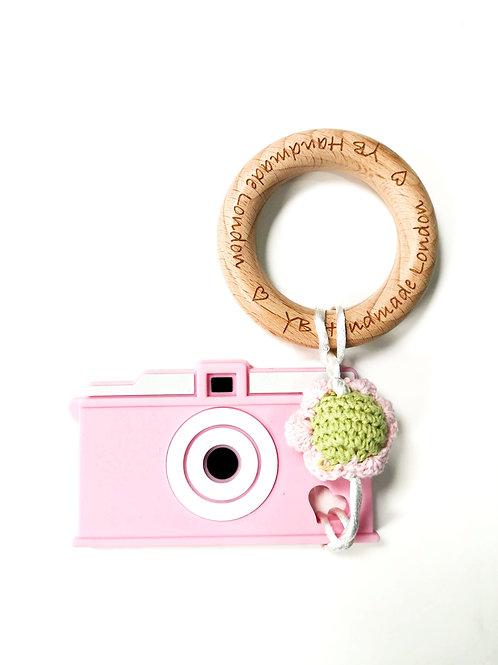 Camera Teething Bracelet (Pink)