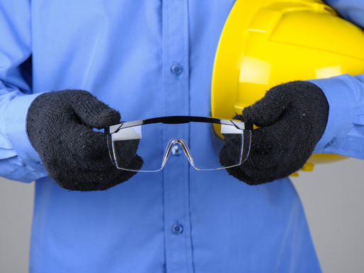 The do's and don'ts for cleaning safety eyewear.