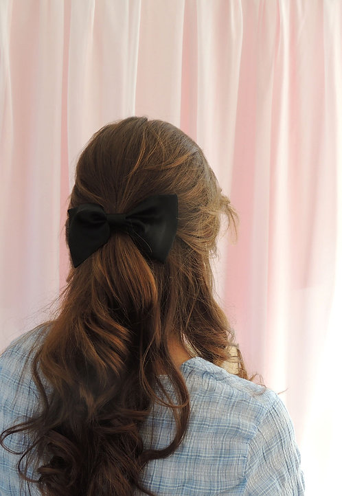 Onyx Silk Lily Hair Bow