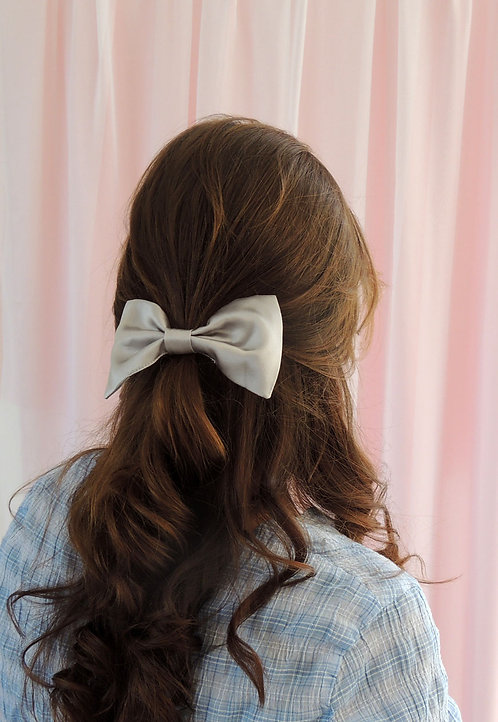 Pale Grey Silk Lily Hair Bow