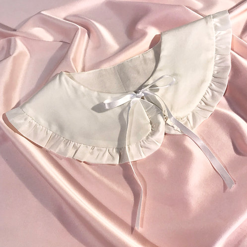Ivory Silk Cassandra Collar