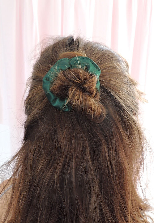 Emerald Silk Mini Astrid Scrunchie