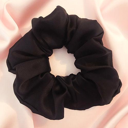 Onyx Silk Astrid Super Scrunchie