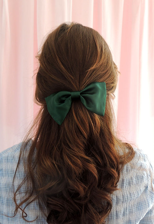 Emerald Silk Lily Hair Bow