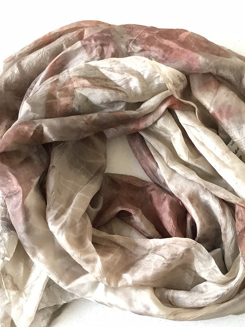 Soft silk with eucalyptus