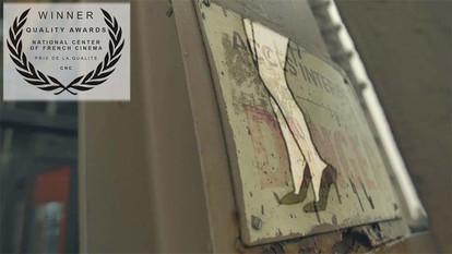 """ZAZ  """"Sous le ciel de Paris"""". Directors C & R ( CHRISTIAN VOLCKMAN & RAPHAEL THIERRY )"""