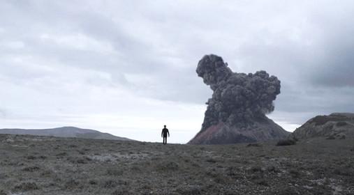 "Teaser - Music Video - Artist : Louis Arlette - Title : ""La Discorde"" directed by Christian Volckman"