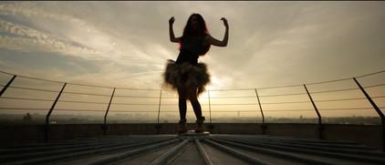 "Music video - Christophe Maé - title : ""La Poupée"" - directed by Tommy Pascal - Produced by Frédéric Alenda - Suburb films"