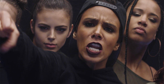 Picture from Music-Video Shy'm & Kid Ink - Title : May day - Directed by Miles Cables - Produced by Frédéric Alenda - Los Angeles - USA -Suburb Films