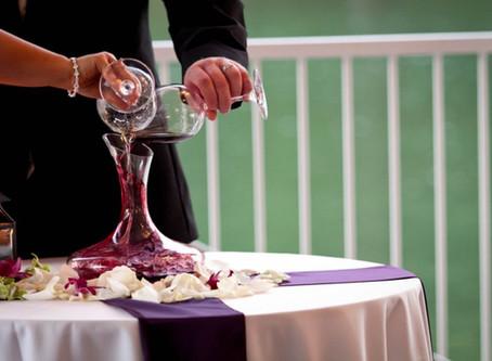 Винная церемония на свадьбе: традиция, которая напомнит через год о лучших моментах вашей свадьбы.