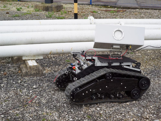 Next-gen rover using smart sensors and Archangel's AI camera to inspect pipelines automatically