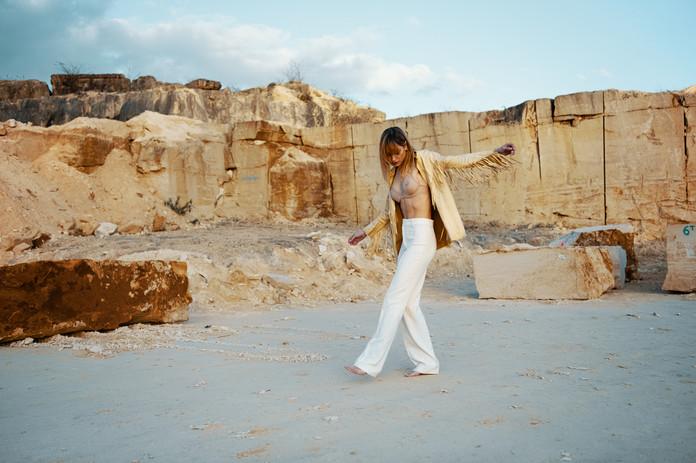 Style Léonie Escolivet Photographer : Simon Lefebvre