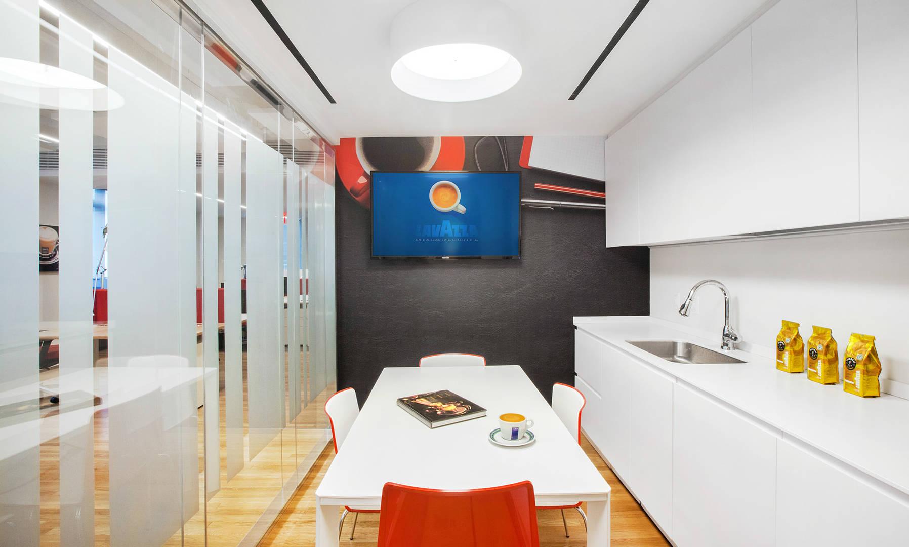 Lavazza NYC 32nd Floor 085 med c2.jpg