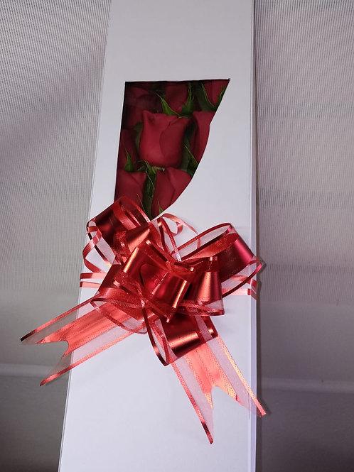 Caja larga de rosas súper especial