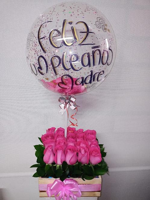 Caja de rosas con globo Pink